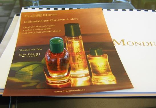 14 degustace parfémů